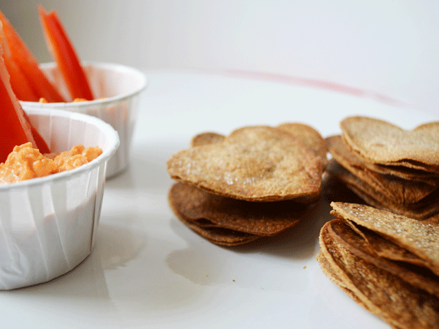 Chips-with-Hummus