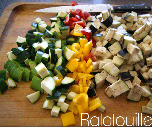 Make this ratatouille! Hands on time is only about 15 minutes. From LiveWell Mom Lacy!