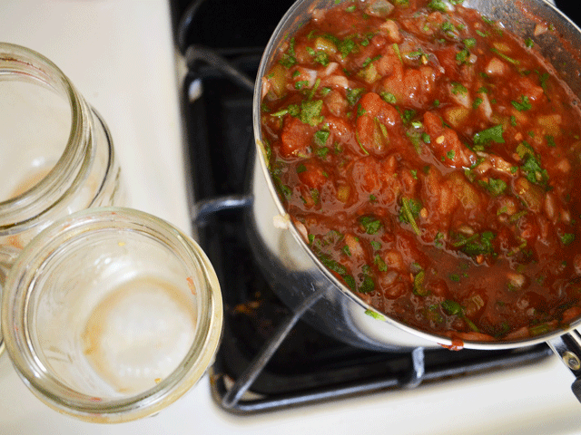 Salsa-on-Stove