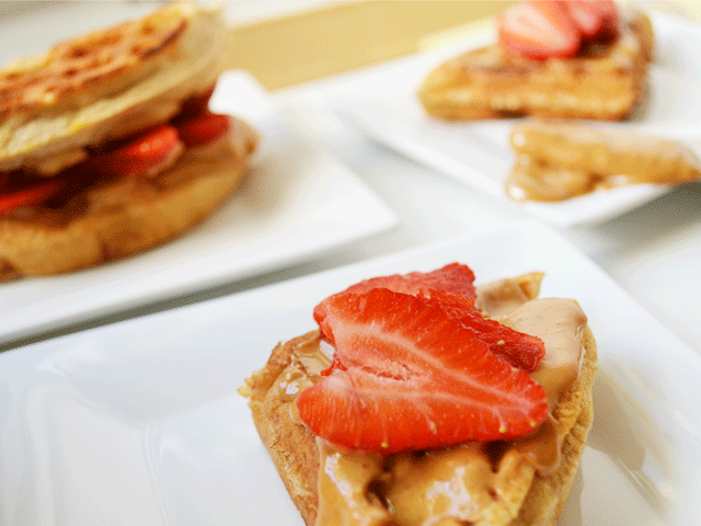 Strawberry_PB_Wafflewich_closeup